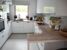 Grey Kitchen Designs, Kitchen Room Design, Home Room Design, Kitchen Layout, Interior Design Kitchen, Living Room Designs, Kitchen Furniture, Kitchen Dining, Kitchen Decor