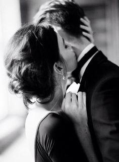 F l o r a h m i s t love kiss couple, couple kissing, men kissing, perfect couple, sweet kisses Cute Couples Goals, Couples In Love, Romantic Couples, Romantic Kisses, Love Kiss Couple, Perfect Couple, Couple Posing, Couple Shoot, Couple Photography Poses