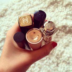 A lipstick kinda day! Maar welke... ;-)