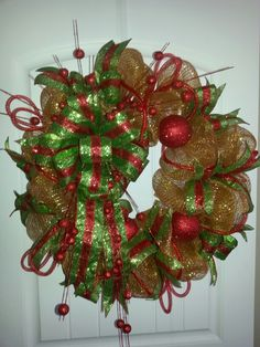 Christmas mesh wreath by kyong