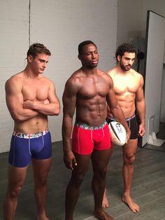 Les rugbymen Jules Plisson, Fulgence Ouedraogo et Yoann Huget pour Dim
