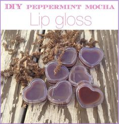 Peppermint-Mocha-Homemade-Lipgloss-Recipe