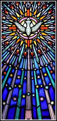 Stained Glass Church, Stained Glass Art, Stained Glass Windows, Mosaic Glass, Stained Glass Tattoo, Inspire Me Home Decor, Catholic Art, Religious Art, Saint Esprit