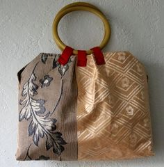 Dollar Store Crafts »  Make a Pleated Placemat Handbag With Tutorial