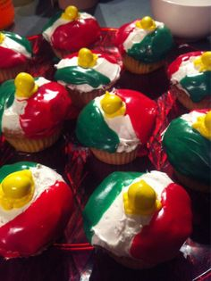 Kurdish Flag Cupcakes