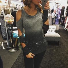 """So Obsessed with this :: """"Ode to the Ombré Top"""" ($62) Gotta  FREE SHIPPING! Call to order 440.893.9279 or email: sales@sanitystyle.com #sanitystyle #sanitychagrinfalls #shoplocal #chagrinfalls #shopchagrinfalls #boutique #freeshipping #cleveland #clevelandfashion #clevelandstyle #style #shop #cle #thisiscle #love #selloninsta #instasale #fashionpost #beautiful #picoftheday #shopping #shopaholic #shopinstagram #obsessed"""