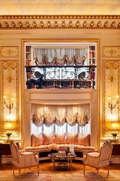 Joan Rivers's Glamorous NYC Apartment Is On The Market For $28 Million  - ELLEDecor.com