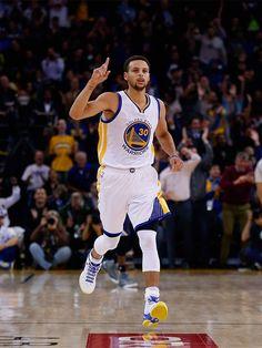 Warriors Guard Stephen Curry Named Kia NBA Most Valuable Player Golden State Warriors Basketball, Splash Brothers, Nba Championships, Oklahoma City Thunder, Houston Rockets, New York Knicks, Stephen Curry, Nba Players, Street Graffiti