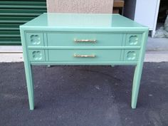 Nightstand sprayed with Rustoleum Sea Foam Green.  Another great color.  DesignItGirl