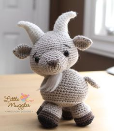 Etsy の Amigurumi Crochet Pattern  Gordy the Goat by littlemuggles