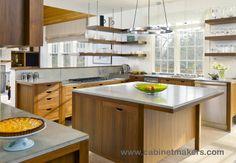 Kitchen design: Alan Haigh with homeowner / Architect: Sally Weston Associates / Photography: Richard Mandelkorn