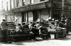 War and Conflict. The Easter Uprising. pic: April British troops at a makeshift barricade, at a key point in the city. The Irish rebellion began on Easter Monday April 1916 when the Irish rebels attempted to gain cont Ireland 1916, Dublin Ireland, Republican News, Dublin Castle, Easter Monday, In Cold Blood, Erin Go Bragh, Military Diorama, Irish Eyes
