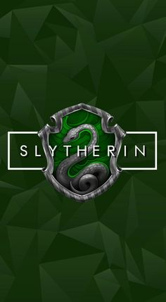 -Pin by Hicrete Dilmen Slytherin And Hufflepuff, Slytherin Harry Potter, Harry Potter Tumblr, Harry James Potter, Harry Potter Universal, Harry Potter World, Slytherin House, Draco Malfoy Aesthetic, Slytherin Aesthetic