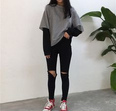 Love these korean fashion outfits 5224171821 me close Cute Casual Outfits, Edgy Outfits, Mode Outfits, Casual Korean Outfits, Korean Outfits School, Korean Winter Outfits, Lit Outfits, Korean Fashion Casual, Retro Outfits