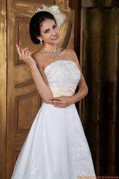 Traje de novia strapless de organza 2014