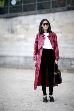 Ideas on how to wear a long coat | For more style inspiration visit 40plusstyle.com