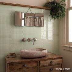 Equipe Arrow Green Halite 5 x 25 cm Arrow, Tiles Direct, Beige Bathroom, Hall Bathroom, Color Tile, Wall Patterns, Kitchen Tiles, Tile Design, Wall Tiles