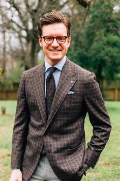 Checked Blazer, Plaid Blazer, Modern Gentleman, Gentleman Style, Blazer Outfits Men, What Should I Wear Today, Grey Trousers, Light Blue Shirts, Tuxedo For Men