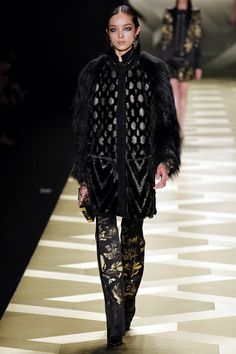 Roberto Cavalli Fall 2013 Ready-to-Wear Collection Slideshow on Style.com