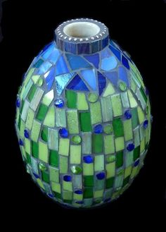 vase  By Bri van der Liet  Mosaic artist, living in The Netherlands.