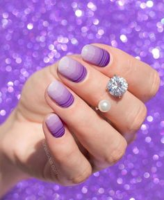 @so_nailicious showed off #PurpleDreamJN. It looks great! What's your favorite purple wrap? #geodenails #Jamberry