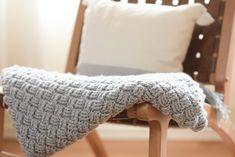 Diagonal Diamonds Woven Throw Crochet Pattern – Mama In A Stitch Basket Weave Crochet Blanket, Modern Crochet Blanket, Afghan Crochet Patterns, Crochet Blankets, Crochet Stitches, Applique Patterns, Herringbone Stitch, Basket Weaving, Crochet Projects