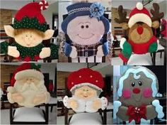 Resultado de imagen para botellas de vino con de lantal Christmas Yard Art, Beaded Christmas Ornaments, Christmas Sewing, Christmas Makes, Handmade Christmas, Christmas Holidays, Christmas Crafts, Christmas Chair Covers, Xmas Decorations