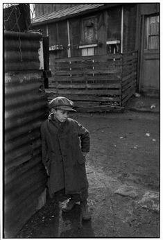 Henri Cartier-Bresson, Paris 20e, France, 1937. © Henri Cartier-Bresson/Magnum Photos.