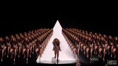 Beyonce performs Run The World  HD/HQ [ BillBoard Awards 2011 ]