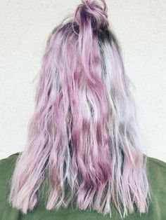 Holographic Hair Is Now Trending, and It's Mesmerizing via @ByrdieBeauty