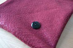 Pochette rouge écailles #pochette #homemade #handmade  #indoor #lifestyle