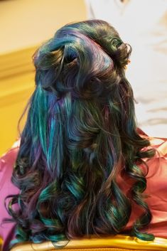 Peacock inspired hair: This bride showed off her modern bridal style using multicolored hair dye. The purple and turquoise balayage balanced both subtle and bold among her loosely curled half updo wedding hairstyle. Peacock Hair, Peacock Feathers, Multicolored Hair, Natural Hair Styles, Long Hair Styles, Green Hair, Bride Hairstyles, Along The Way, Cut And Color