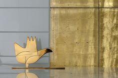 faïence salle de bains Gold de couleur or et un oiseau décoratif