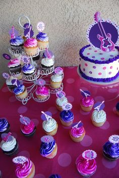Melissa H's Birthday / Pink & Purple Glam Rockstar Party - Rockin' Birthday Party at Catch My Party Rockstar Birthday, Dance Party Birthday, 10th Birthday Parties, Frozen Birthday Party, Birthday Ideas, Pop Star Party, Diva Party, Prince Party, Barbie Party