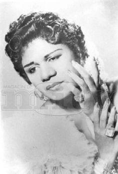 "Ruth Fernandez also known as ""La Negra de Ponce""    http://www.prpop.org/biografias/r_bios/ruth_fernandez.shtml"