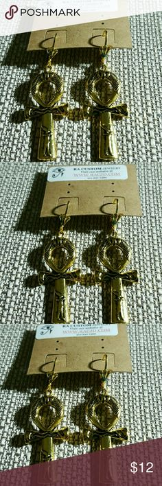 Gold pewter Charms Ankh earrings Gold Pewter Ankh earrings.   Nickle free  12k Gold plated lever backs ear wires.  Hypoallergenic. Jewelry Earrings