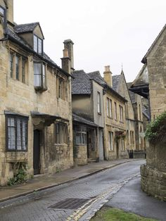 CHIPPING CAMPDEN AND BOURTON-ON-THE-WATER, England