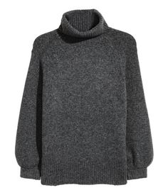 Dark gray melange. Loose-fit, turtleneck sweater in a soft knit with wool content. Long, wide raglan sleeves, and ribbing at cuffs and hem.