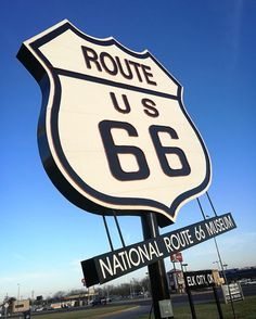 🇺🇸 World's largest Route 66 sign | Elk City, Oklahoma, United States