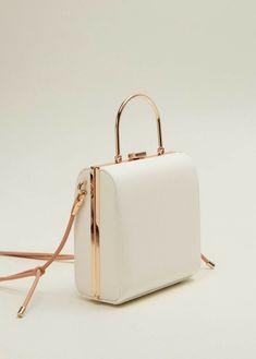 Luxury Purses, Luxury Bags, Luxury Handbags, Fashion Handbags, Purses And Handbags, Fashion Bags, Leather Handbags, Mango Fashion, Handbags Online