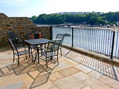 Egret, Milford Haven, South Wales and Pembrokeshire, Wales, Sleeps 6, Bedrooms 3, Pet Friendly Holiday Cottage.