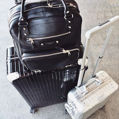 Luggage is the best think in travel. I have used many travel luggage some of good and some of comfortable and some of are not comfortable. Now I share some best travel luggage for travler. Best Travel Luggage, New Travel, Travel Style, Travel Bags, Photo Voyage, Airport Style, Airport Chic, Travel Essentials, Travel Accessories