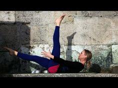 Yoga für die Bauchmuskeln (stärkt den Rücken) - YOGAmour #56 - YouTube