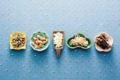 Tokyo midtown pet-shop (by fotografer_san) Japanese Snacks, Japanese Dishes, Japanese Food, Tokyo Midtown, Japanese Packaging, Ceramic Tableware, Food Festival, Restaurant Design, Pet Shop