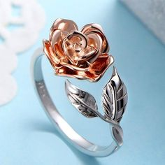 "Delicate Rose Flower Leaves Ring, Rose Gold Color, Adjustable Jewelry - Sehr ""schmuck"" - The Best Wedding You Deserve Delicate Rings, Unique Rings, Beautiful Rings, Delicate Jewelry, Simply Beautiful, Cute Jewelry, Wedding Jewelry, Silver Jewelry, Silver Ring"