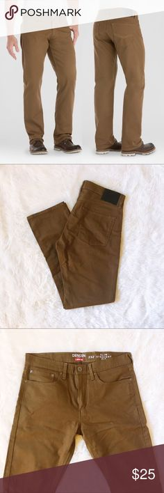 Men's DENIZEN Levi's Slim Straight Fit Jeans 232 New without tags Levi Denizens in the color Rafter, dark khaki brown. These jeans are so comfortable, my man has many pairs he wears for work. They have plenty of stretch and have a nice slime fit. Waist size 34 : Length size 32. Levi's Jeans Slim