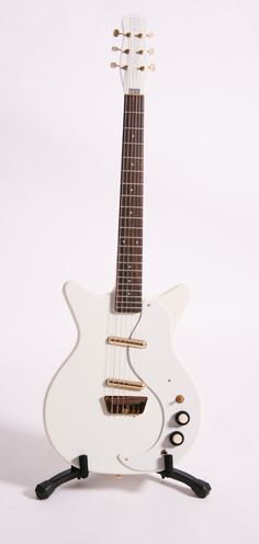 Danelectro '59 White Re-issue
