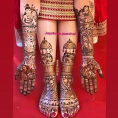 Beautiful Leg mehndi designs (Trending and funky) - SetMyWed Engagement Mehndi Designs, Latest Bridal Mehndi Designs, Indian Mehndi Designs, Modern Mehndi Designs, Wedding Mehndi Designs, Leg Mehndi, Legs Mehndi Design, Mehndi Design Photos, Beautiful Mehndi Design