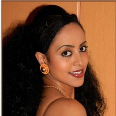 Eritrean traditional hair braiding and gold jewelry! I just love it <3
