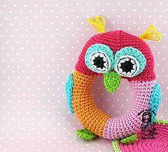 Owl crochet rattle pattern on ETSY Crochet Owls, Crochet Toys Patterns, Cute Crochet, Crochet For Kids, Crochet Animals, Amigurumi Patterns, Baby Patterns, Amigurumi Animals, Crochet Mignon